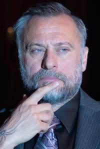 Now that's a beard.
