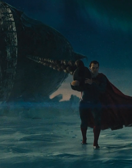 batman-v-superman-dawn-of-justice-ultimate-edition-boat