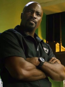 luke-cage-season-1-luke-barbershop