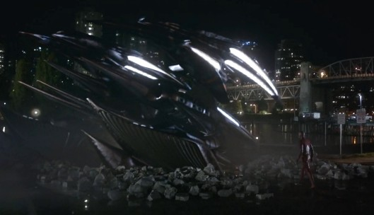 flash-invasion-alien-ship