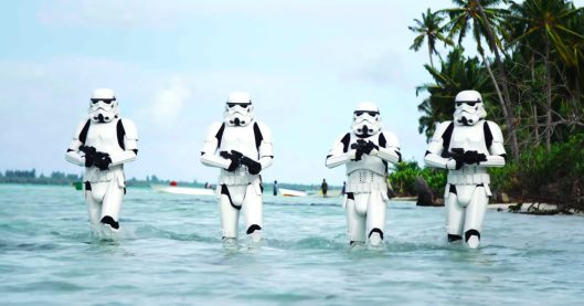 rogue-one-beach
